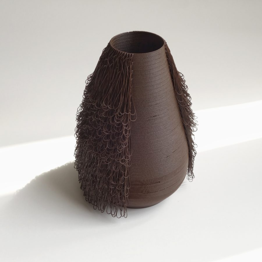 BRUN vase - POILU Collection - 3d printed vases by bold-design for AYBAR Gallery - www.bold-design.fr