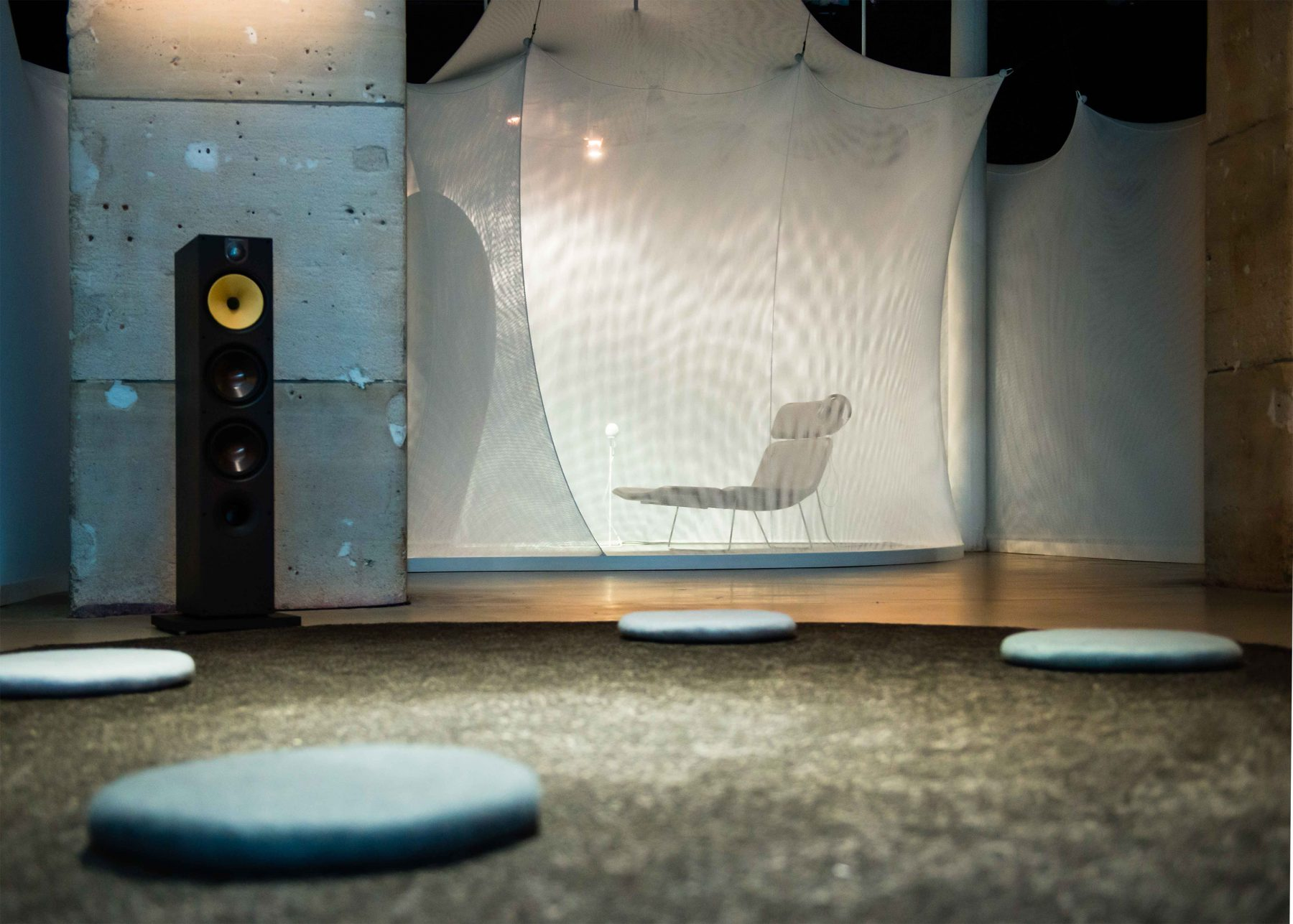 Vocal vibrations - Scenography - client : Le Laboratoire - photo :PhaseOnePhotography - www.bold-design.fr