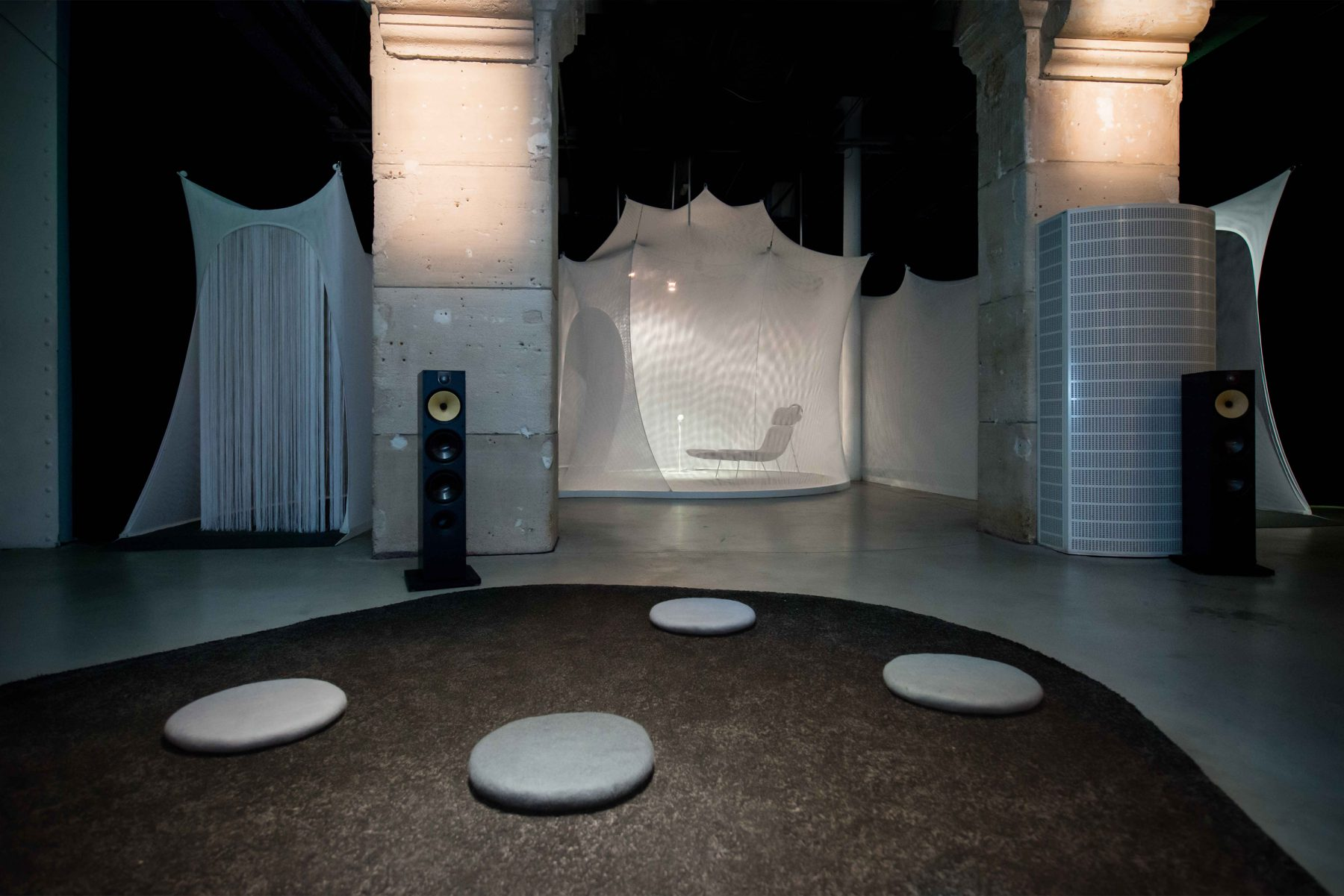 Vocal vibrations - Scenography - client : Le Laboratoire - photo :PhaseOnePhotography - www.bold-design.fr