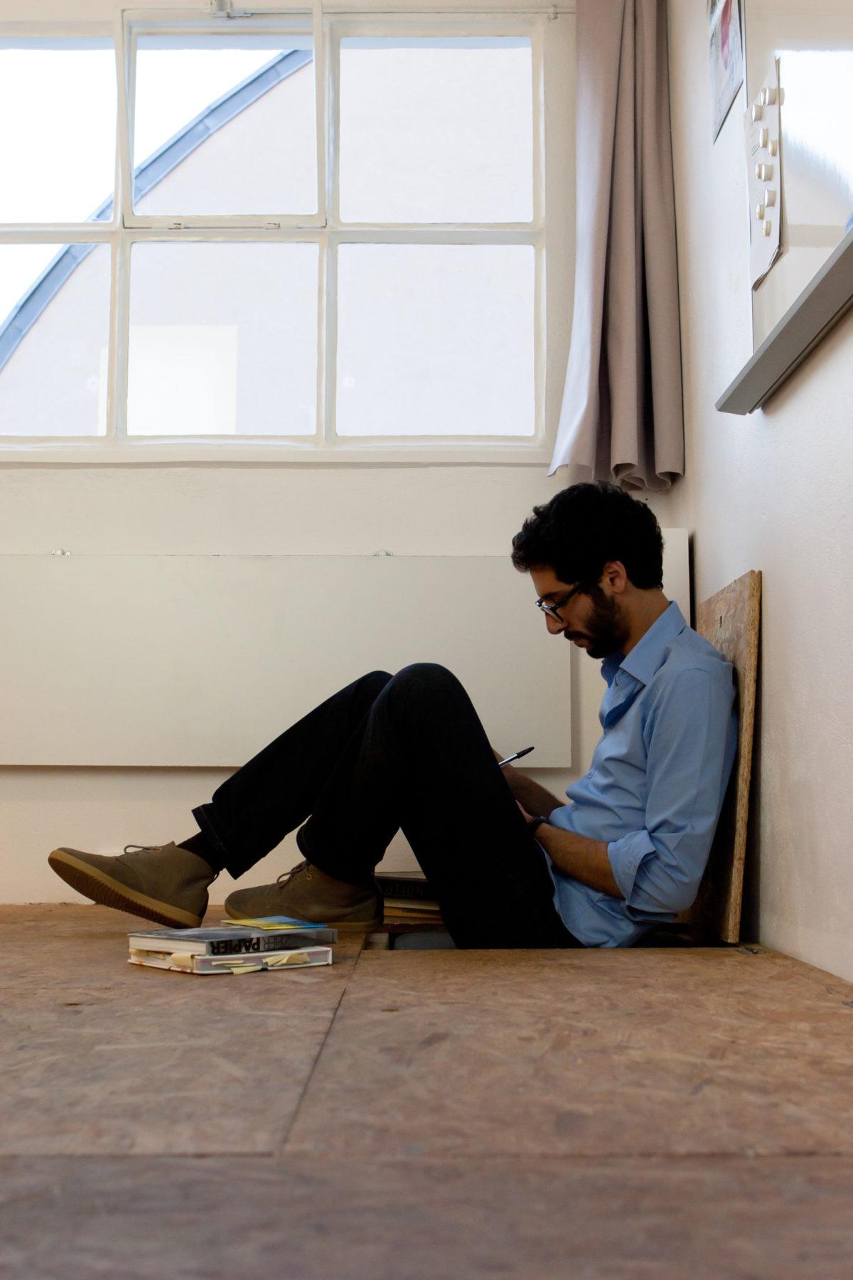 www.bold-design.fr - atelier sur les toits - trappe assise intérieure - photo Marie Guerre