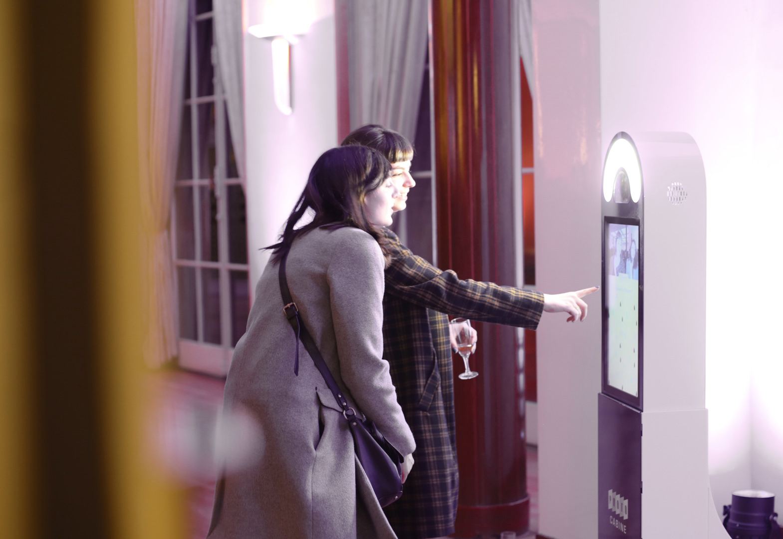 La BORNE - Photocabine - www.bold-design.fr